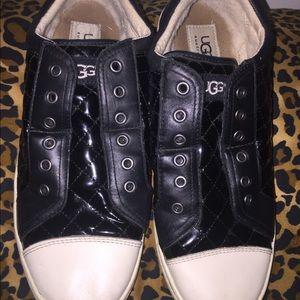 UGG Shoes - UGG size 9.5 women